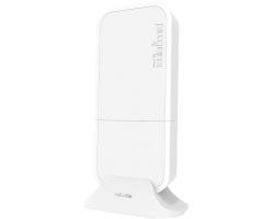 Mikrotik RBwAPR-2nD&R11e-LTE (wAP LTE kit) 650MHz CPU, 64MB RAM, 1×LAN, 2.4Ghz 802.11b/g/n Dual Chain wireless, LTE 4G modem, interna LTE antena, utor za SIM karticu, RouterOS L4, vanjsko kućište, PSU